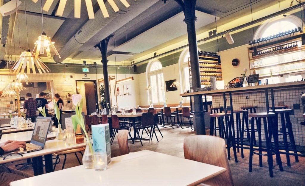 Restaurant Instock